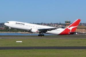 aviation activity at sydney airport
